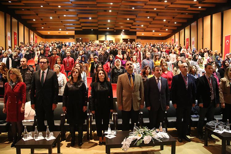 https www cumhuriyet edu tr haber 5539 cocuk yasta evlilikler adli sempozyum duzenlendi